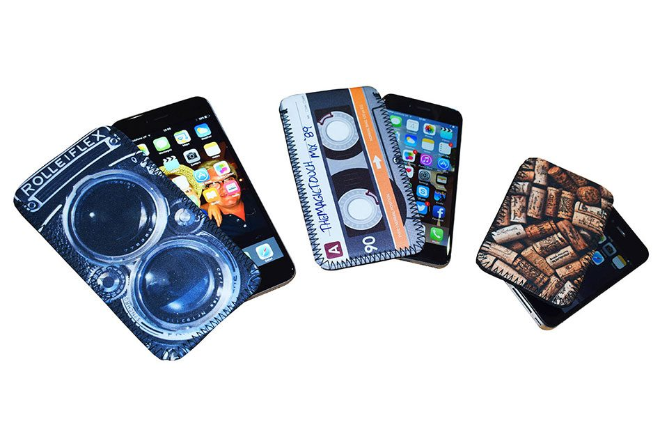 TMT calls the shots with new universal phone pouches