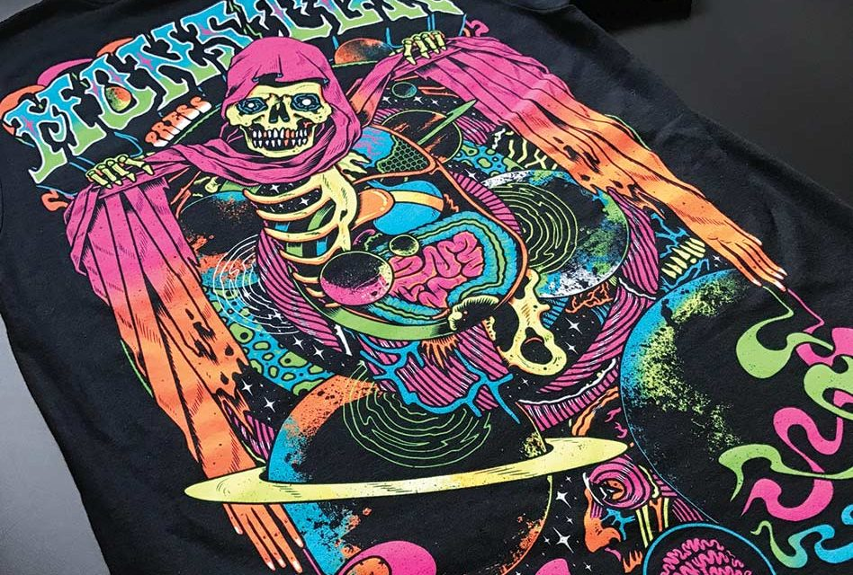 Monster Press: Black light