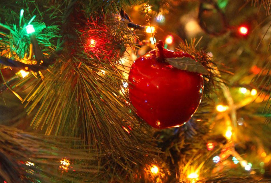 2-minute tip: Ordering bespoke Christmas sweaters
