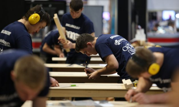 Dickies sponsors SkillBuild UK National Final
