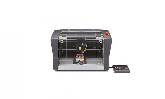 Roland DG launches DGShape DE-3 desktop engraver
