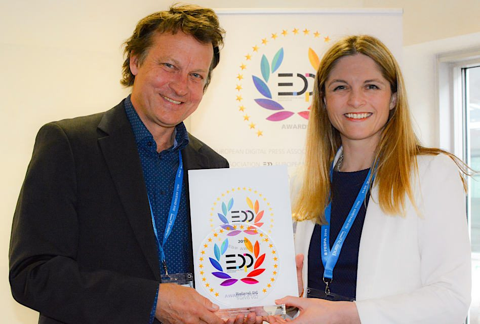 New Roland TrueVIS VG2 printer/cutter wins EDP award