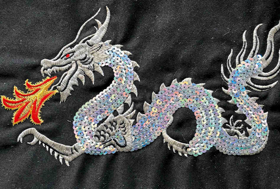 Anatomy of an embroidery: Chinese Dragon