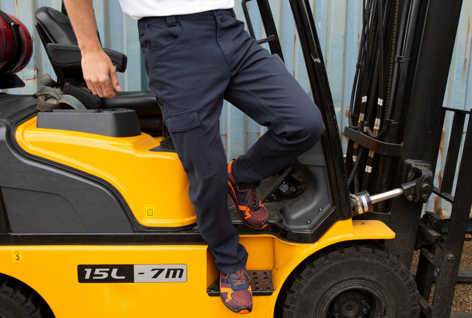 Work-Guard Workwear introduces new super stretch trouser range