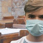 Covid-19: UK government extends face covering requirements in England